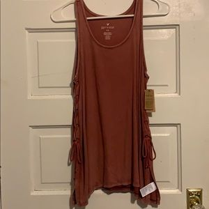 muscle tank w/ ties at sides